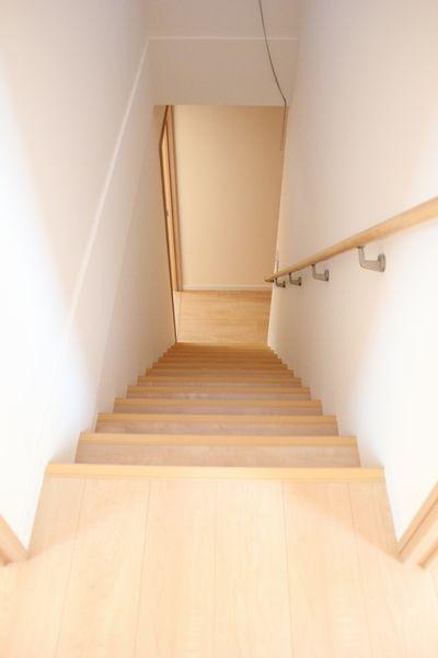 S様邸階段アフター